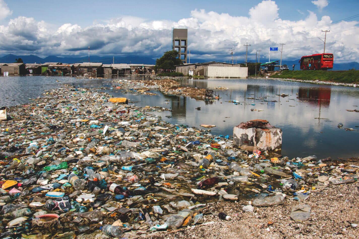 principales residuos contaminantes del agua